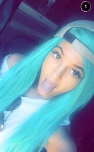 rs_634x1024-150409171309-634.Kylie-Jenner-Green-Hair.ms.040915
